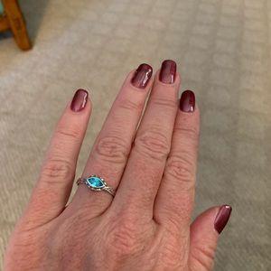 Belle Fleur blue ring